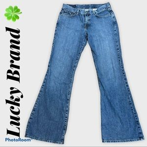 LUCKY BRAND dungarees. Flare leg jeans